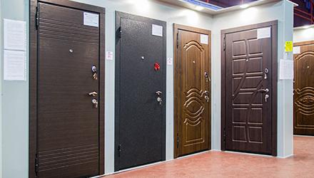 Фото магазинов Скилл. Магазин дверей на Заневском